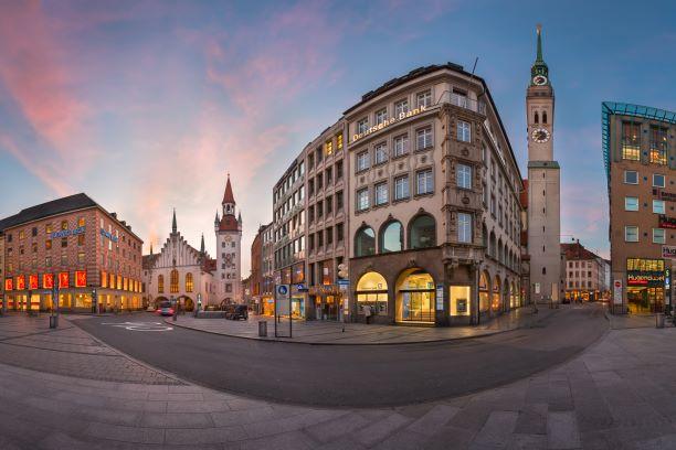 Marian Platz in Munich Germany   Ingenious Travel